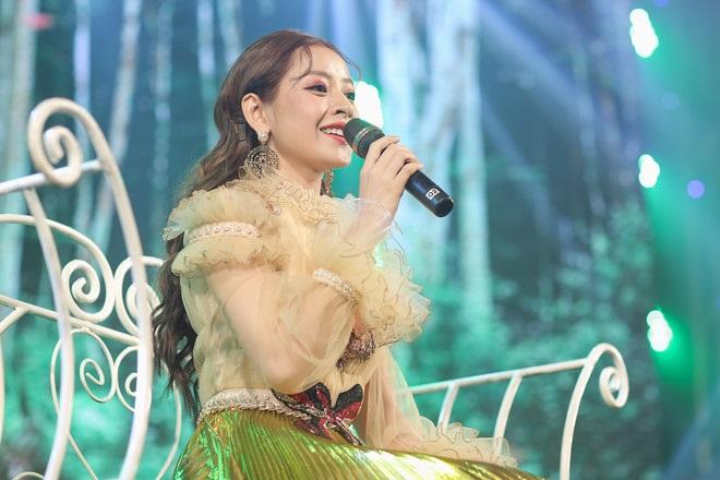 Sau ồn ào ' thảm họa âm nhạc' Chi Pu: Diva Mỹ Linh bất ngờ lên tiếng ủng hộ việc cấp thẻ hành nghề cho ca sĩ - Ảnh 3