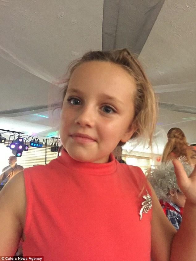 Bé gái bỏng 65% cơ thể và mất trí nhớ sau khi uống thuốc giảm đau - Ảnh 4