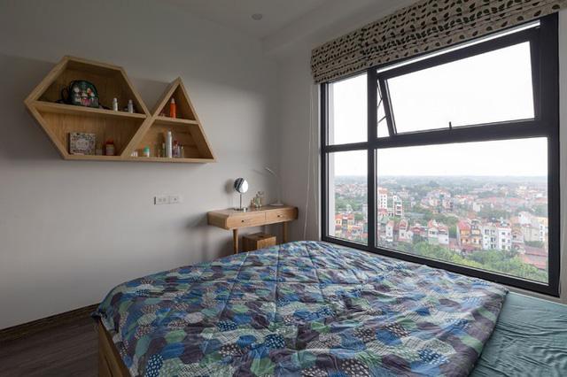 Phòng ngủ nhỏ, đơn giản phù hợp với sở thích của gia chủ.