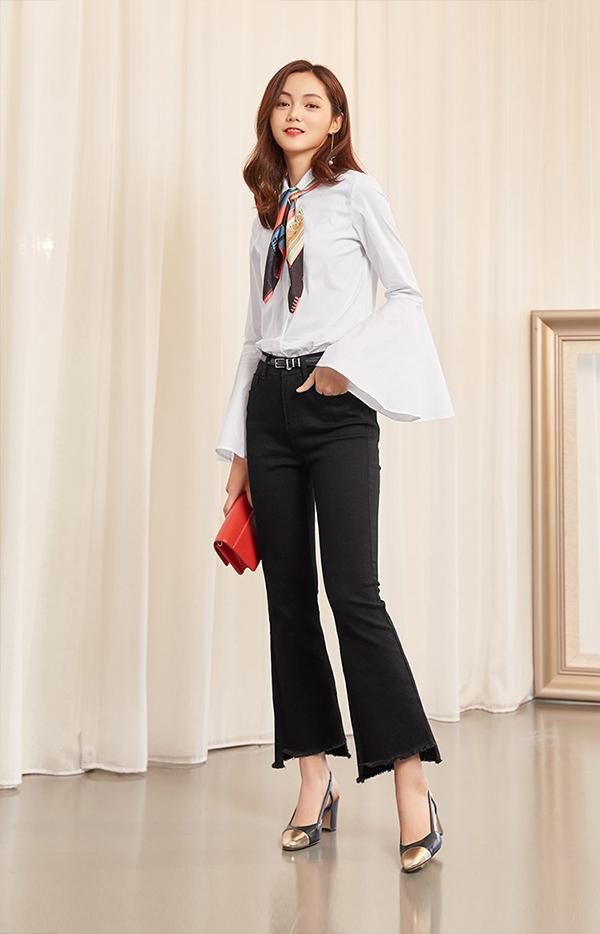 Những cách kết hợp đẹp kinh điển giữa sơ mi trắng và quần jeans - Ảnh 6