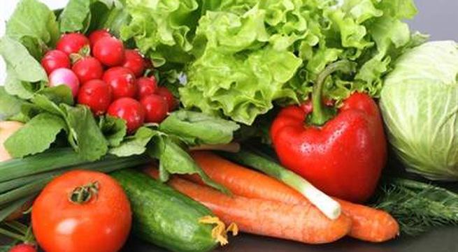 Theo bác sĩWynn Huynh Tran, hầu hết các loại rau quả tươi đều có chất chống ung thư