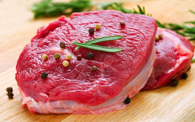Nhiều nghiên cứu chỉ ra rằng thịt đỏ có thể gây ra một số bệnh nhưung thư trực tràng, ung thư vú