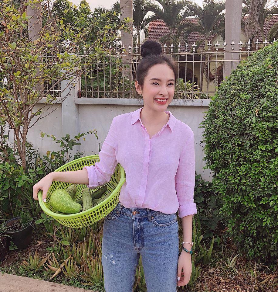 Chán làm 'mỹ nhân siêu vòng 3', Angela Phương Trinh trở lại làm 'cô thôn nữ' kín đáo, dịu dàng - Ảnh 5