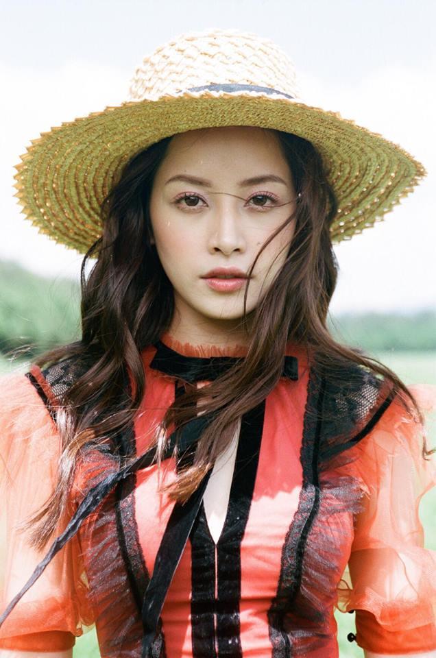 Chi Pu, Thanh Hằng và loạt mỹ nhân Việt đều mê mệt chiếc mũ 'bình dân' này - Ảnh 1