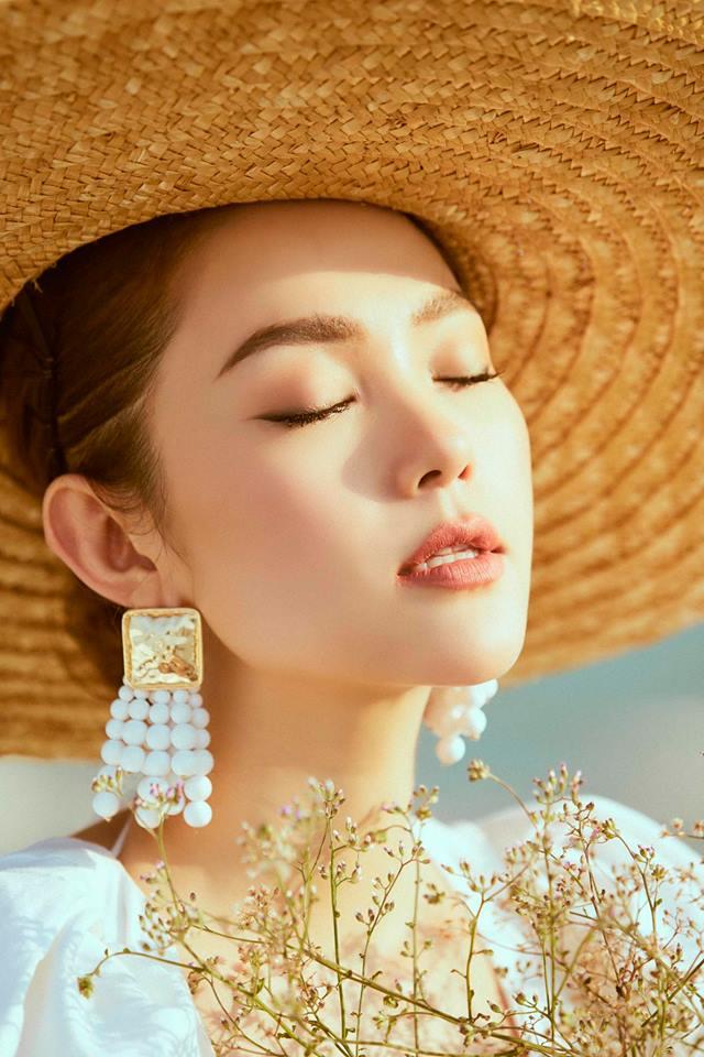 Chi Pu, Thanh Hằng và loạt mỹ nhân Việt đều mê mệt chiếc mũ 'bình dân' này - Ảnh 9