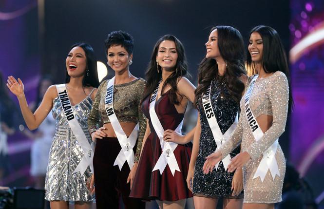 H'Hen Niê lọt top 5, làm nên lịch sử cho nhan sắc Việt tại Miss Universe 2018 - Ảnh 4
