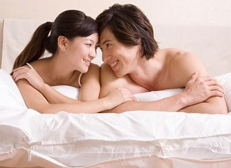Xuất tinh hay phóng tinh là sự giải phóng tinh dịch từ cơ quan sinh dục nam