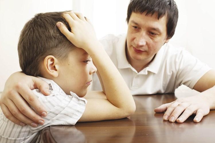 Cha mẹ chửi tục thì con hư, đừng đổ lỗi cho giáo dục - Ảnh 1
