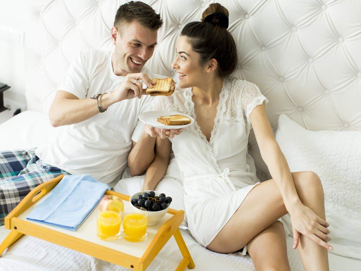 3 loại thực phẩm, thức uống làm giảm ham muốn tình dục - Ảnh 1