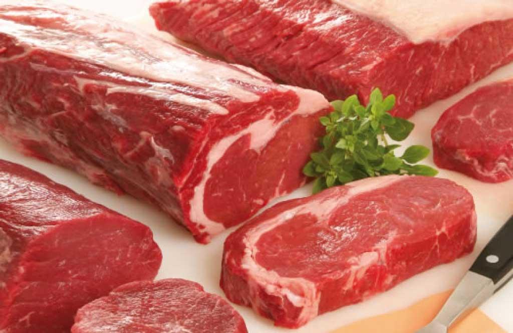nên hạn chế ăn các loại thịt đỏ vì chúng chứa rất nhiều cholesterol