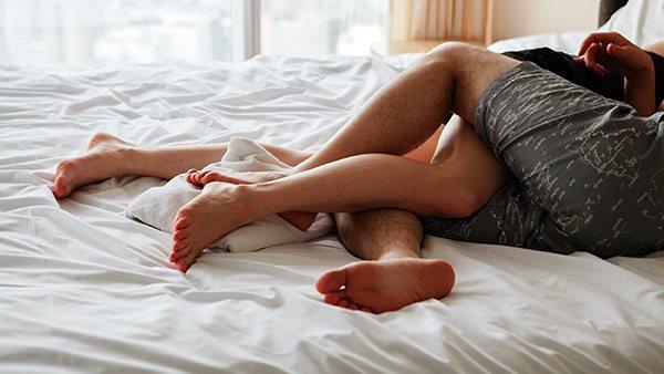 Khi vợ chồng sống chung lâu, đàn ông mất hứng thú tình dục sớm hơn phụ nữ - Ảnh 2