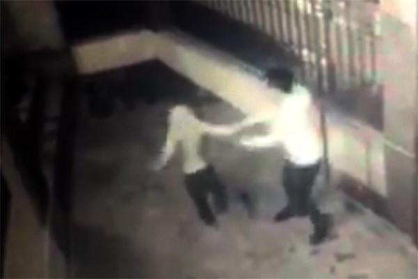 Bé trai 8 tuổi bị bố ruột đánh đập dã man ở Bắc Giang - Ảnh 2