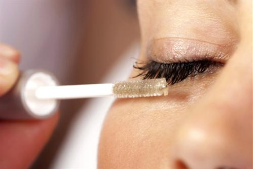 5 cách kích thích lông mi dài tại nhà - Ảnh 1