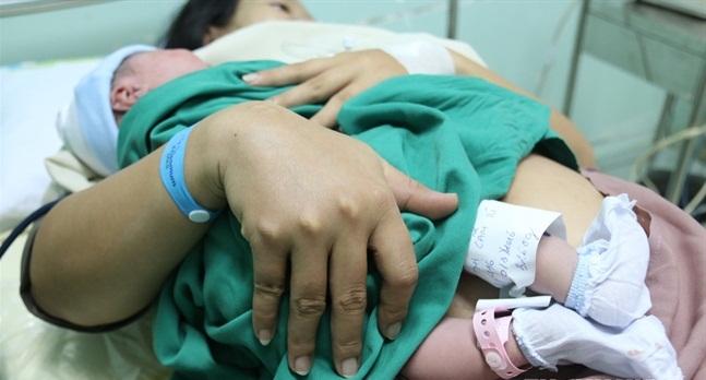 Cho con bú giúp giảm rủi ro bệnh tim - Ảnh 1