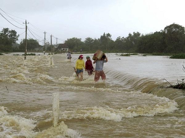 Dự báo thời tiết ngày 25/11: Mưa lớn có thể gây lũ tại các sông Trung Bộ và Tây Nguyên - Ảnh 1