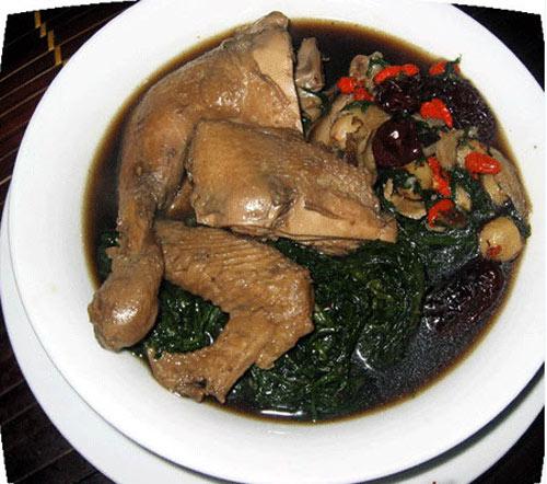 Nam giới bị thận yếu nên ăn món bồ câu hầm kỷ tử thường xuyên