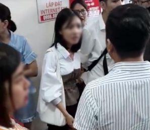 Thêm một cô gái bị sàm sỡ khi đang chờ thang máy ở Hà Nội - Ảnh 1