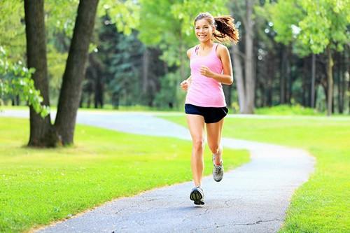 Luyện tập thể dục hàng ngày để xương thêm chắc khỏe