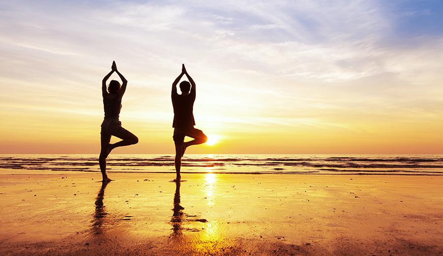 Các tư thế yoga chim bồ câu sẽ thúc đẩy lưu thông máu đến vùng xương chậu