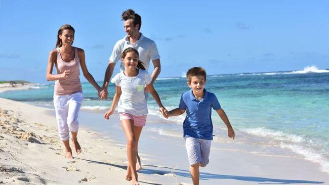 Mẹo chống mệt mỏi du lịch ngày nóng. Ảnh: Shutterstock