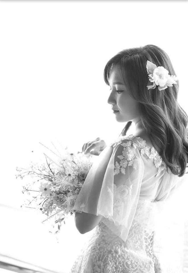 Sau đám cưới, Tiến Đạt khoe ảnh vợ 9X: 'Giấu kỹ lắm rồi mà vẫn bị lộ' - Ảnh 5