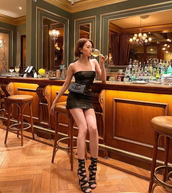 Sao Việt nổi bật với street style cuối năm: Mai Phương Thúy khoe chân dài với mốt giấu quần, Hà Tăng đẳng cấp khi diện maxi - Ảnh 8