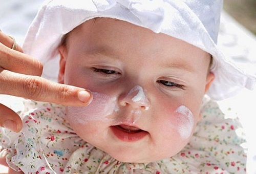 Bé bị chàm sữa, mẹ phải lưu ý những điều này để con dễ chịu, không bị ngứa ngáy - Ảnh 3