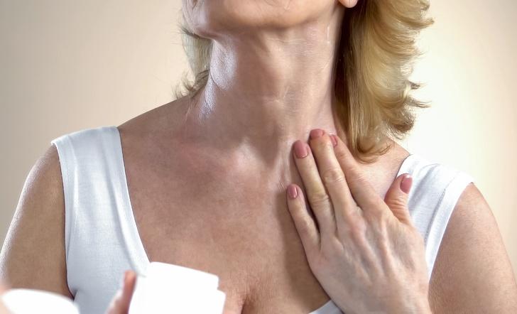 Giảm nếp nhăn vùng da ngực nhờ 7 cách làm đơn giản mỗi ngày - Ảnh 6