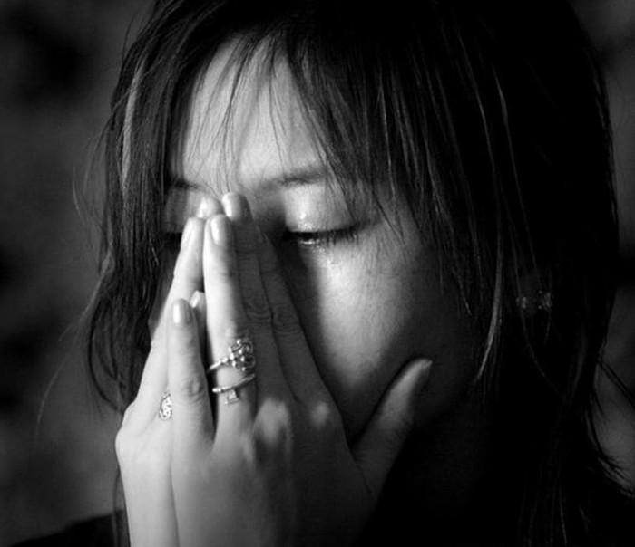 Phát hiện vợ ung thư máu, chồng liền cặp bồ rồi nằng nặc đòi ly hôn - Ảnh 1