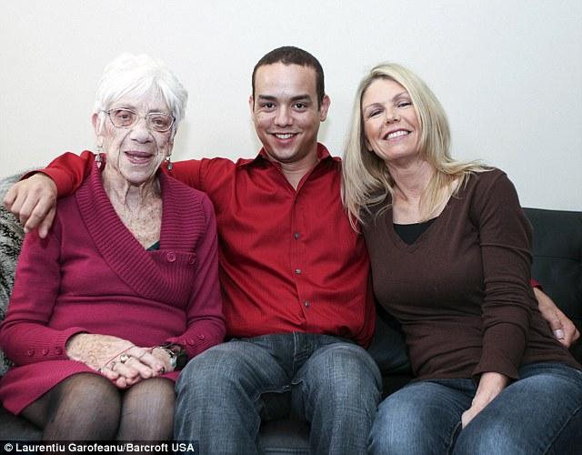 Mẹ Kyle luôn ủng hộ quyết định của con trai mình