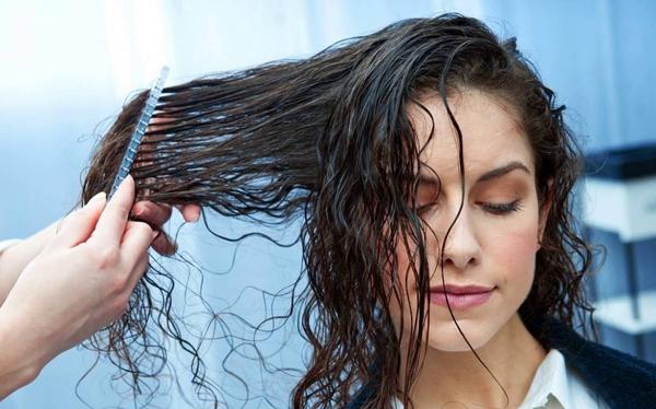 7 lưu ý chị em mới đi uốn tóc xoăn đón Tết cần thuộc lòng - Ảnh 2
