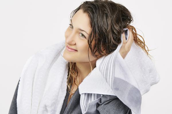 7 lưu ý chị em mới đi uốn tóc xoăn đón Tết cần thuộc lòng - Ảnh 3