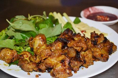 Thịt heo nướng giả cầy chế biến cực đơn giản nhưng có hương vị đậm đà và thơm lừng, hấp dẫn