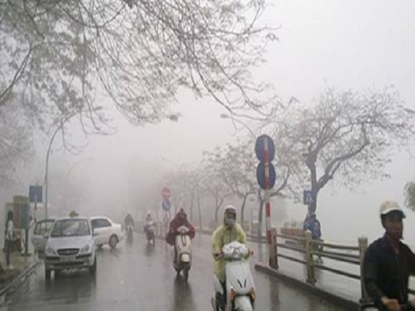 Dự báo thời tiết ngày 7/12: Hà Nội chuyển lạnh, có mưa rào - Ảnh 1
