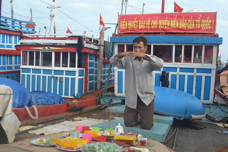 Ngư dân Lý Sơn khai biển ngư trường Hoàng Sa, Trường Sa - Ảnh 2