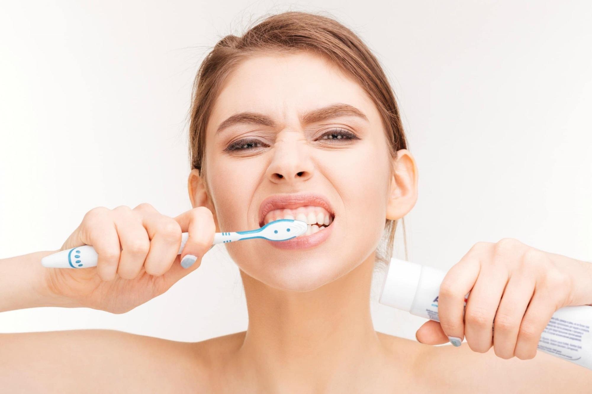 90% người Việt mắc bệnh răng miệng chỉ vì 10 thói quen khó bỏ này - Ảnh 1