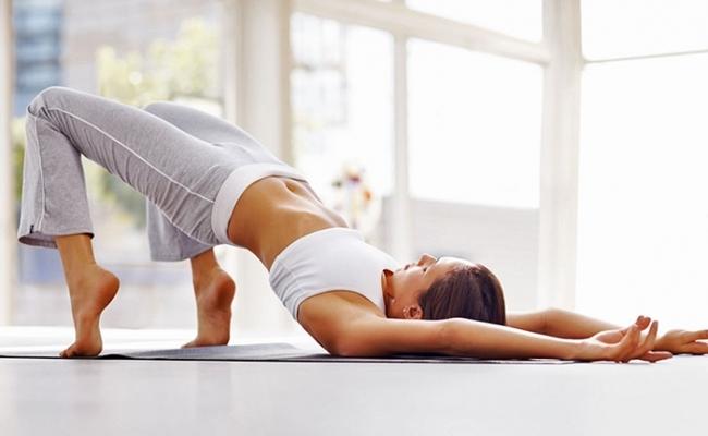 Bài tập thể dục giúp mẹ sinh mổ mau hồi dáng, khỏe mạnh - Ảnh 1
