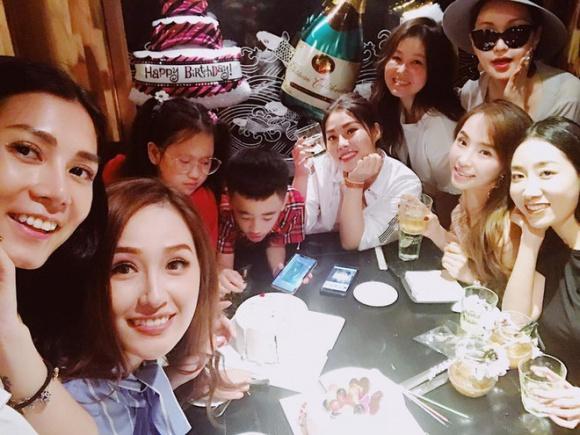 Sau tiệc sinh nhật với hội bạn toàn mĩ nhân, Mai Phương Thuý tiếp tục vui tuổi mới với hội bạn Hoa hậu - Ảnh 6