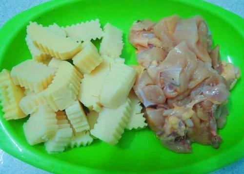 Thịt gà kho măng đưa cơm ngày mát trời - Ảnh 1