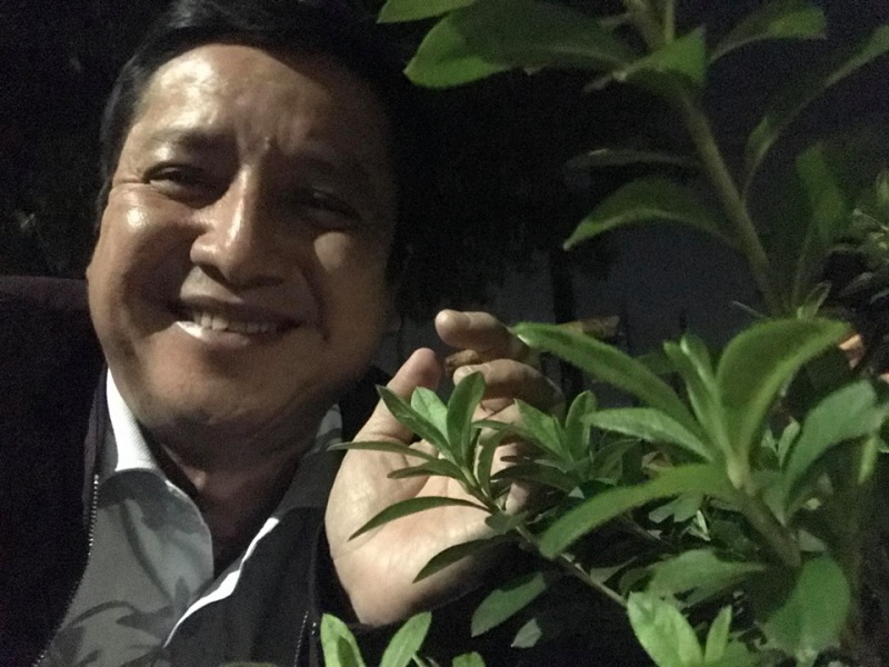 Ví mình như 'thằng ăn cắp',  nghệ sĩ Chí Trung vạch trần nỗi khổ của nghệ sĩ Việt khi lưu diễn nước ngoài - Ảnh 2