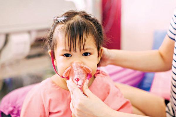 Nguyên nhân gây viêm phổi kéo dài ở trẻ dưới 5 tuổi - Ảnh 1