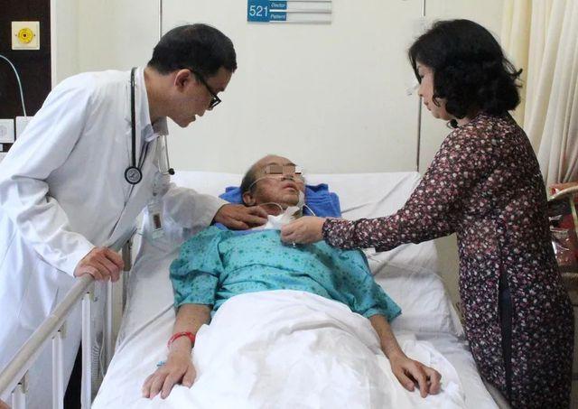 Tự ý dùng thuốc trị cảm cúm bệnh nhân bị phù, xuất huyết toàn thân - Ảnh 2
