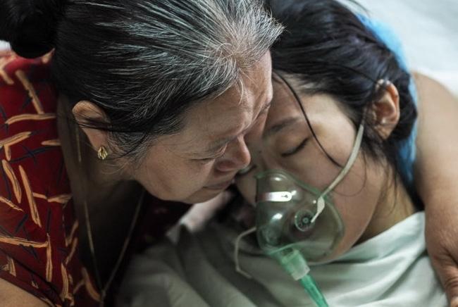 Nghẹn lòng mẹ ung thư nhường hết sự sống cho thai nhi trong bụng - Chỉ có thể là mẹ mới làm được điều phi thường ấy! - Ảnh 4