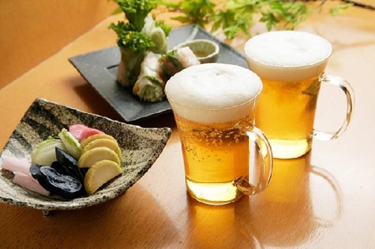 Thực hư việc bà bầu uống bia sinh con da trắng hồng, sạch sẽ - Ảnh 3