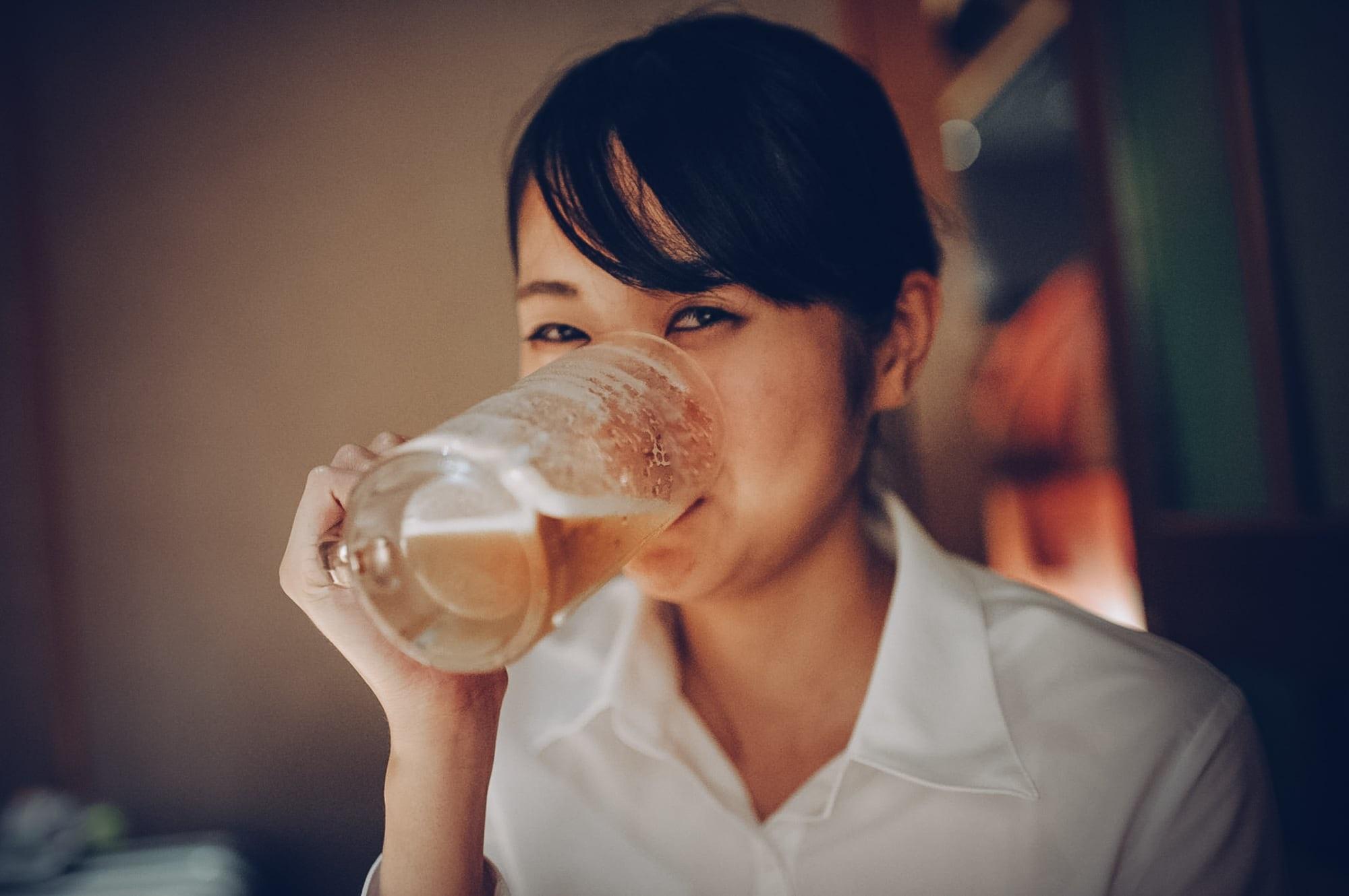Thực hư việc bà bầu uống bia sinh con da trắng hồng, sạch sẽ - Ảnh 1
