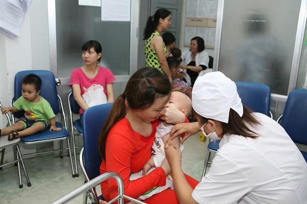 Khoảng trống miễn dịch và nguy cơ mắc sởi ở trẻ sau sinh - Ảnh 1
