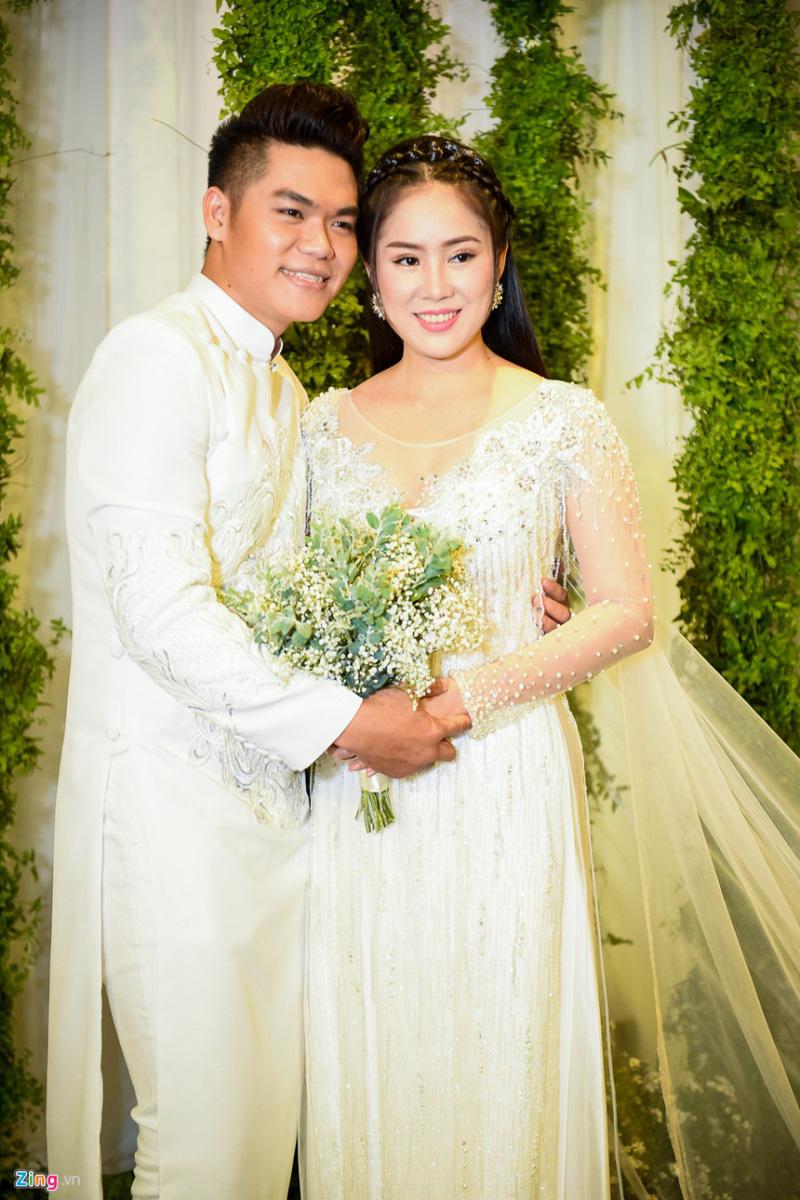 Anti-fan 'đá xéo' hôn nhân của Lê Phương và chồng trẻ: Choáng với hành động của 'Kiều nữ' Ngọc Lan khi bênh vực hạnh phúc cặp đôi - Ảnh 3