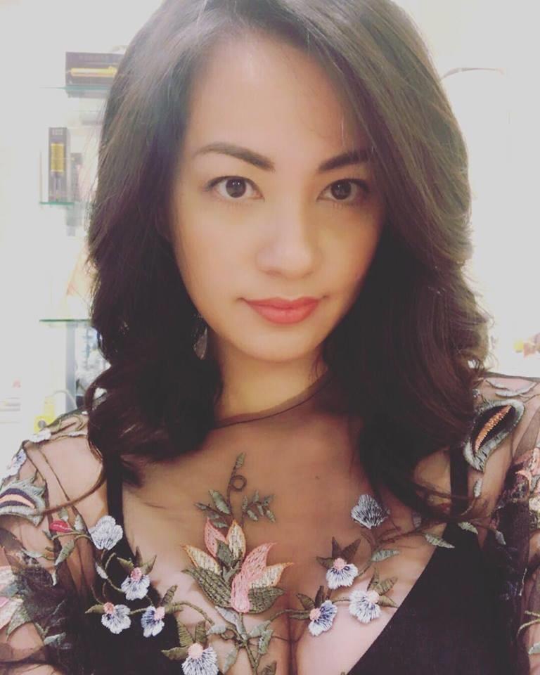 Vụ 'Đông Hùng - Top 3 Vietnam Idol 2014 bị chủ nợ chém vì mẹ ruột': Siêu mẫu Ngọc Thúy nói lời đồng cảm, buồn vì mùa Vu Lan đến không biết phải báo ân ai - Ảnh 2
