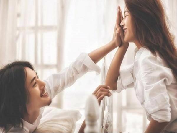 5 bí mật chỉ cần vợ làm trên giường sẽ khiến chồng mê đắm - Ảnh 1