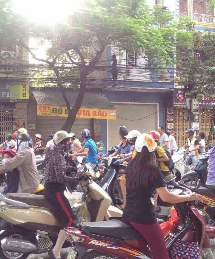Giận vợ không cho kinh doanh, người đàn ông Hàn Quốc treo cổ tự tử giữa đường phố Hải Phòng - Ảnh 3